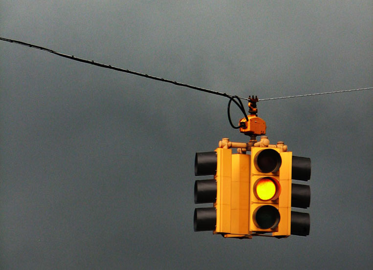 Red Light Cameras Mismanaged Another California City Is Facing Problems  With Their Red Light Camera