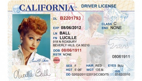 Officer issuing Driver's License in California