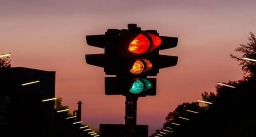Officer issuing Lane Use Control Signals in California